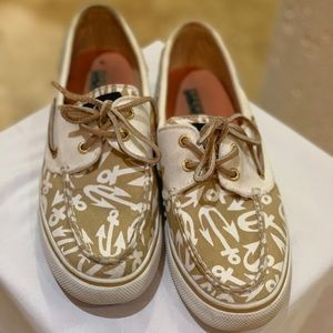 Anchor Sperry's size 7